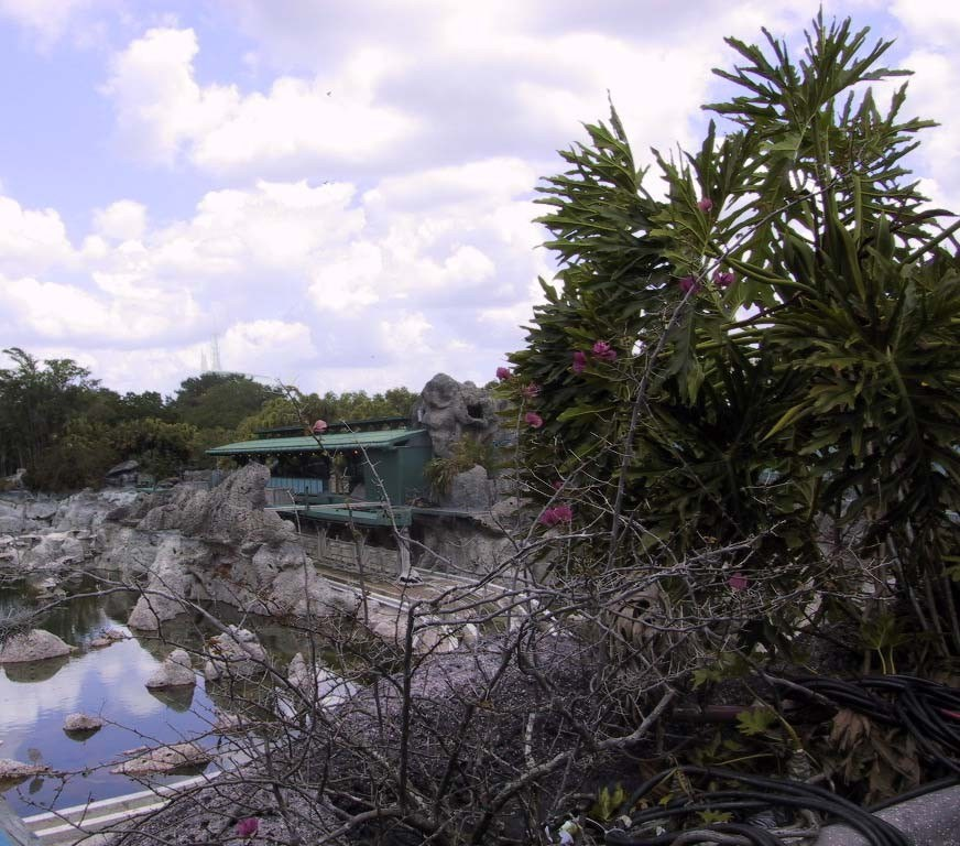 20,000 Leagues demolition progress