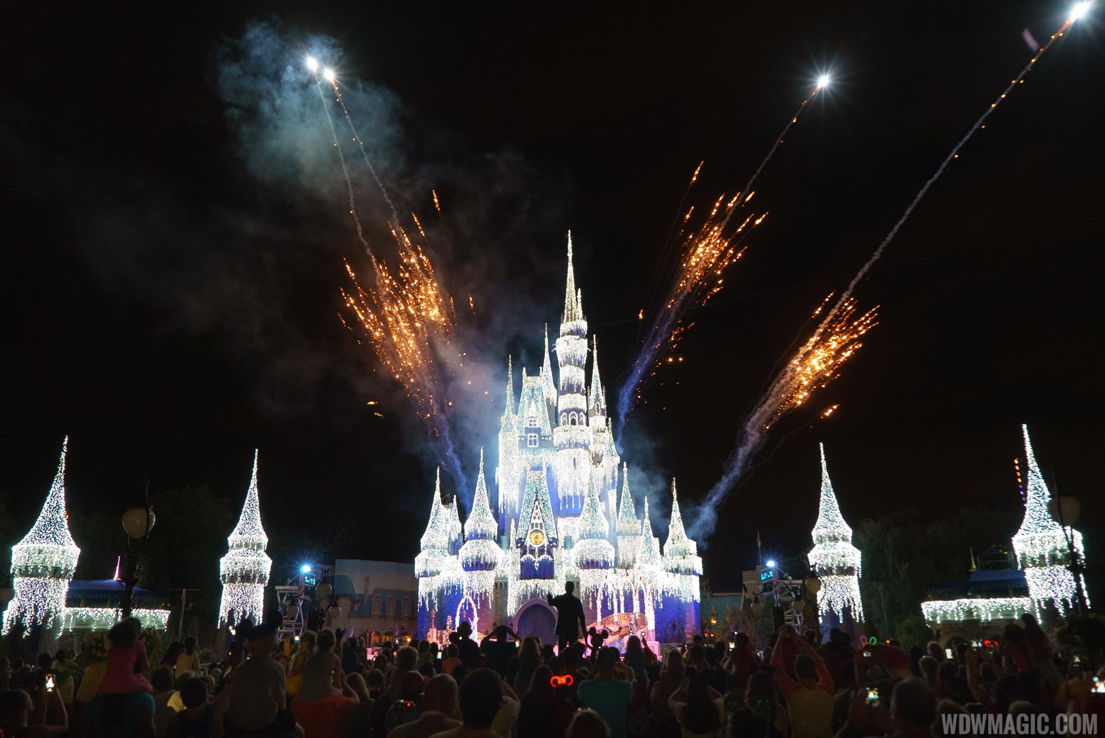 Castle Dreamlights on the new turrets