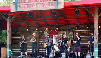 VIDEO - Bodh'aktan perform at Epcot's Canada Pavilion