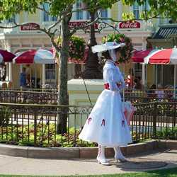 Mary Poppins Plaza Gardens West meet and greet