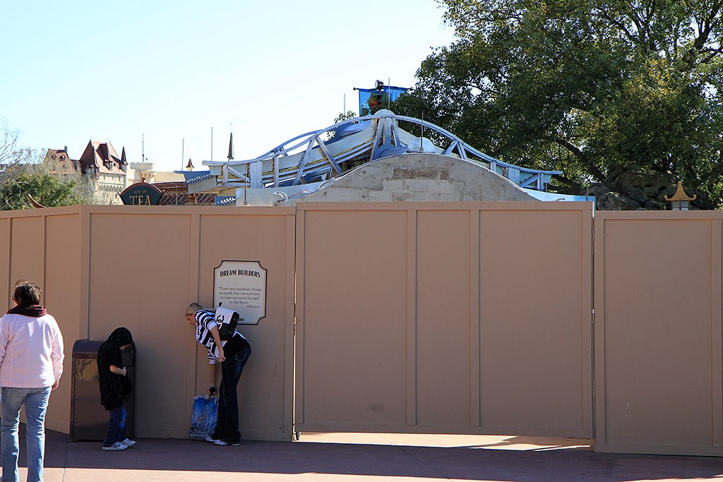 'The Good Fortune Gift Shop construction