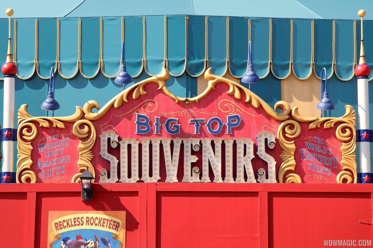 Big Top Souvenirs signage