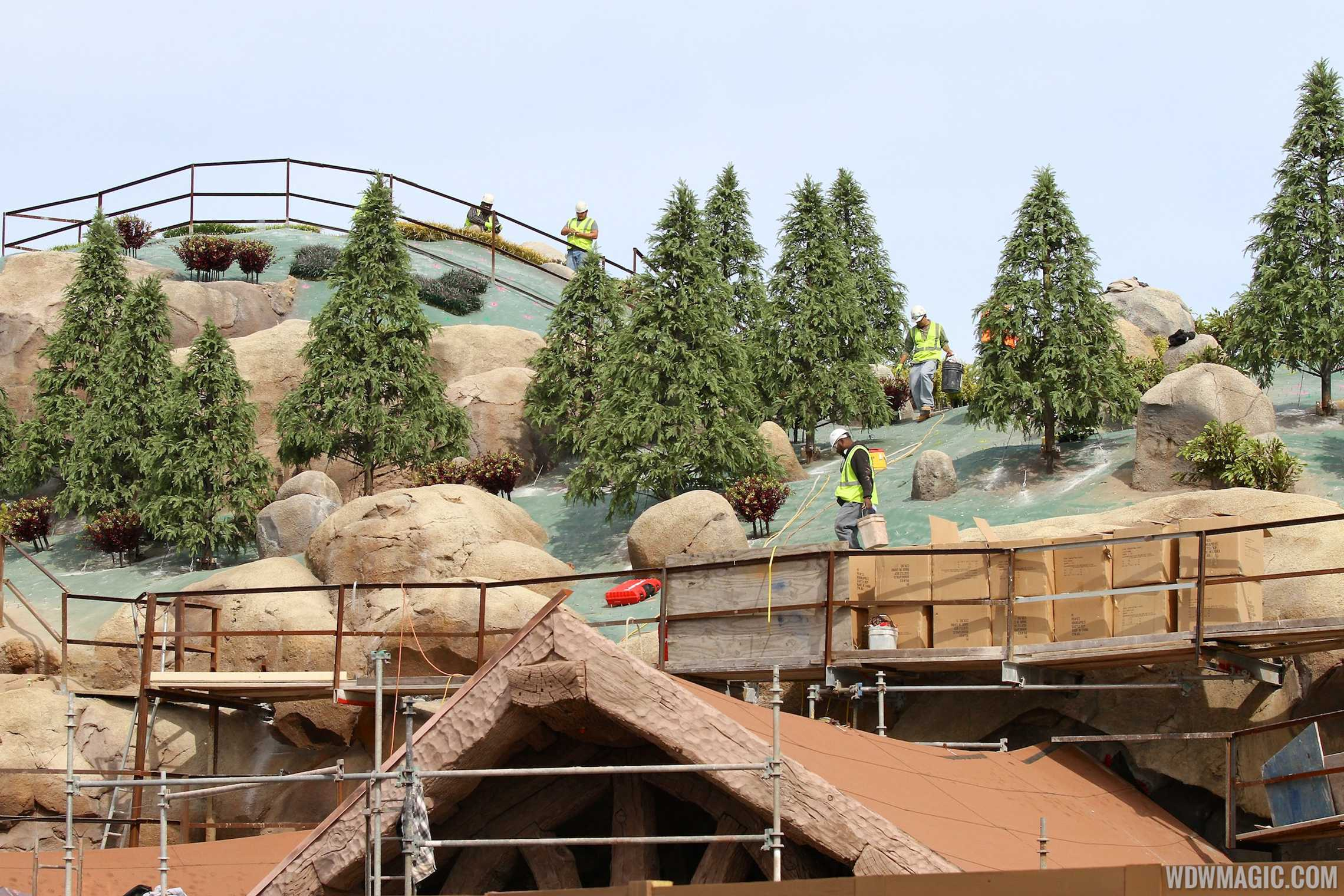 Tree installation at the Mine Train