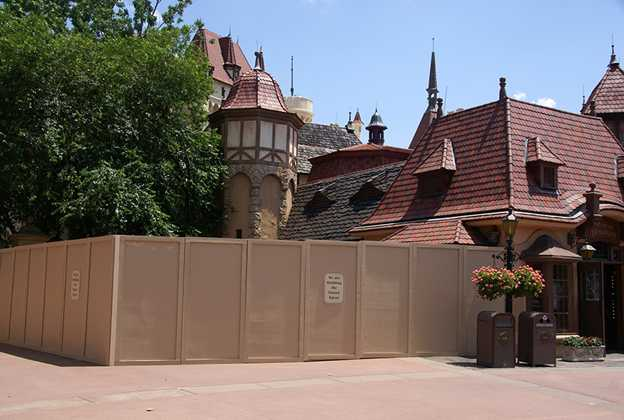 Snow White meet and greet construction