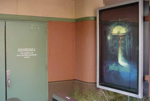 Haunted Mansion Movie Sets exterior