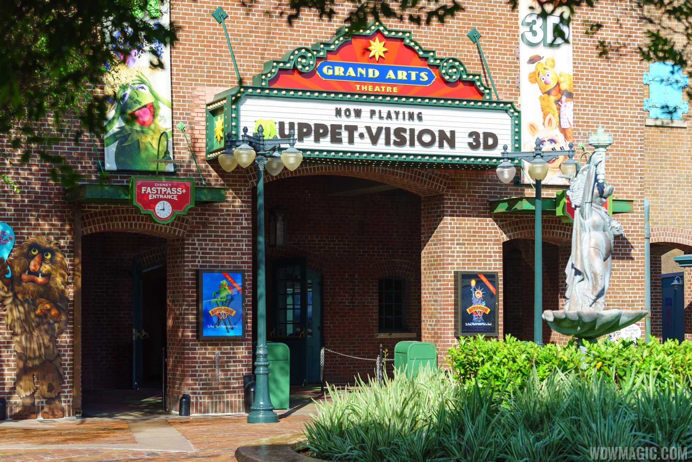 Completed entry sign at Jim Henson's MuppetVision 3-D