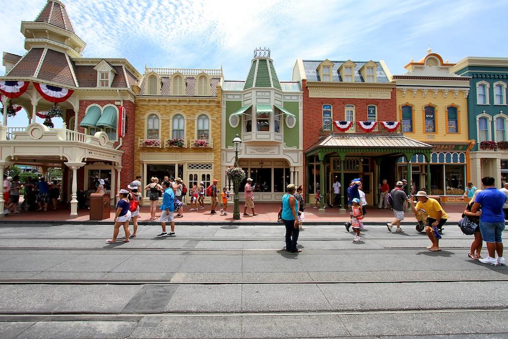 PHOTOS - Main Street U.S.A facade refurbishments now complete