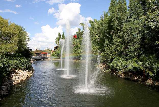 New fountains at Downtown Disney Marketplace