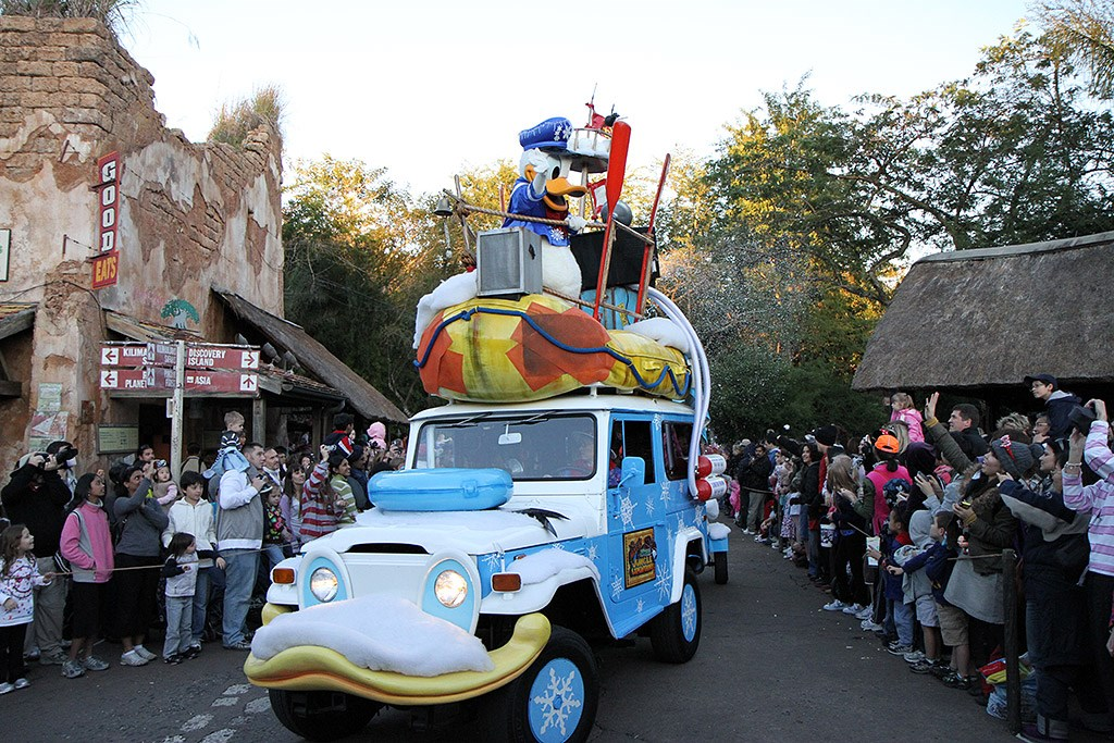Mickey's Jingle Jungle Parade 2009