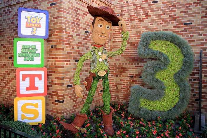 Topiary Woody at Pixar Place