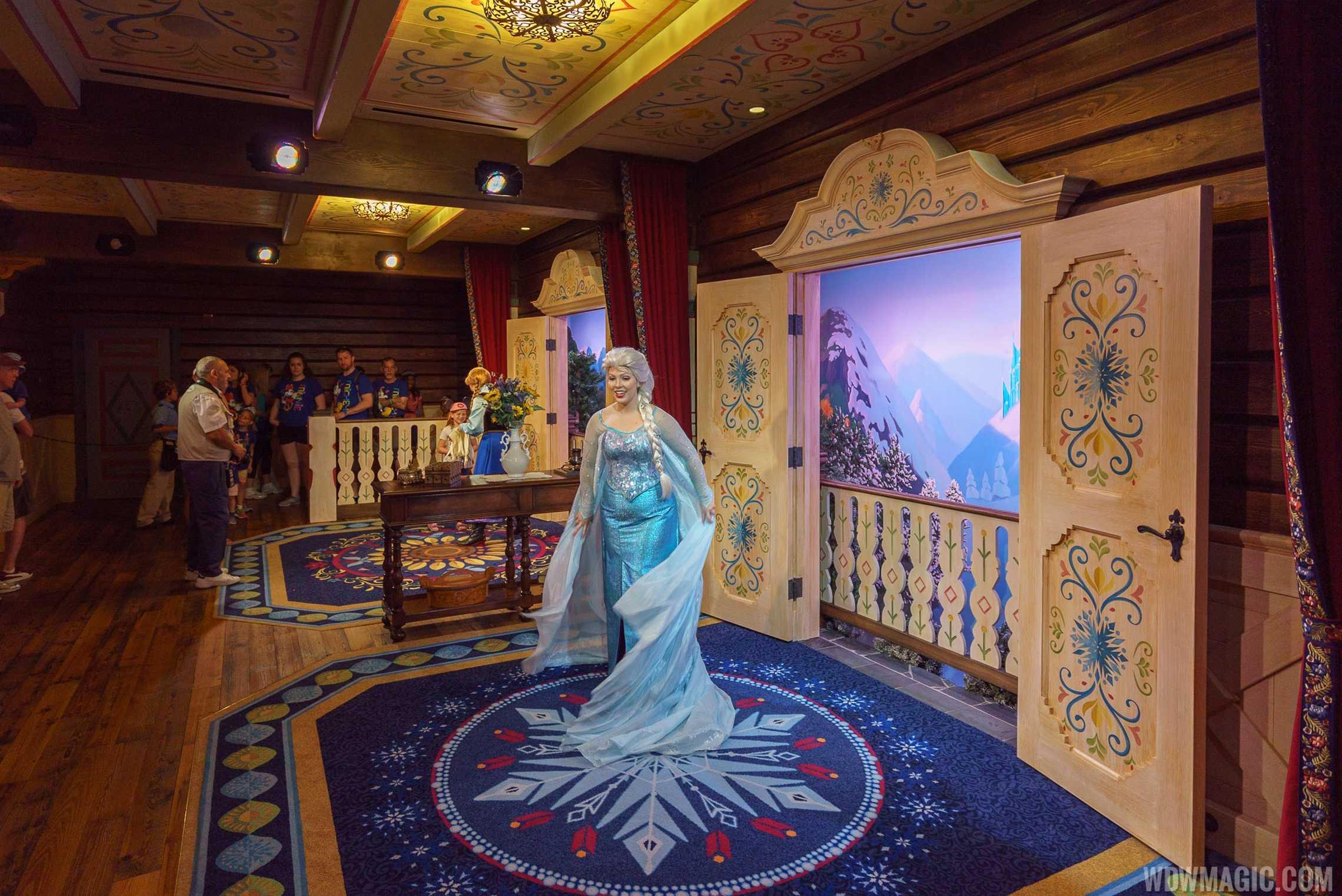 Royal Sommerhus Elsa meet and greet room
