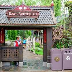 Royal Sommerhus overview