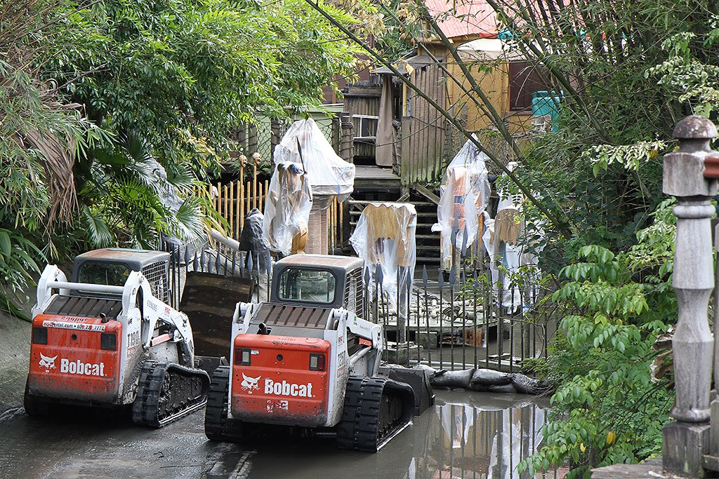 Shrunken Ned's Junior Jungle Boats refurbishment