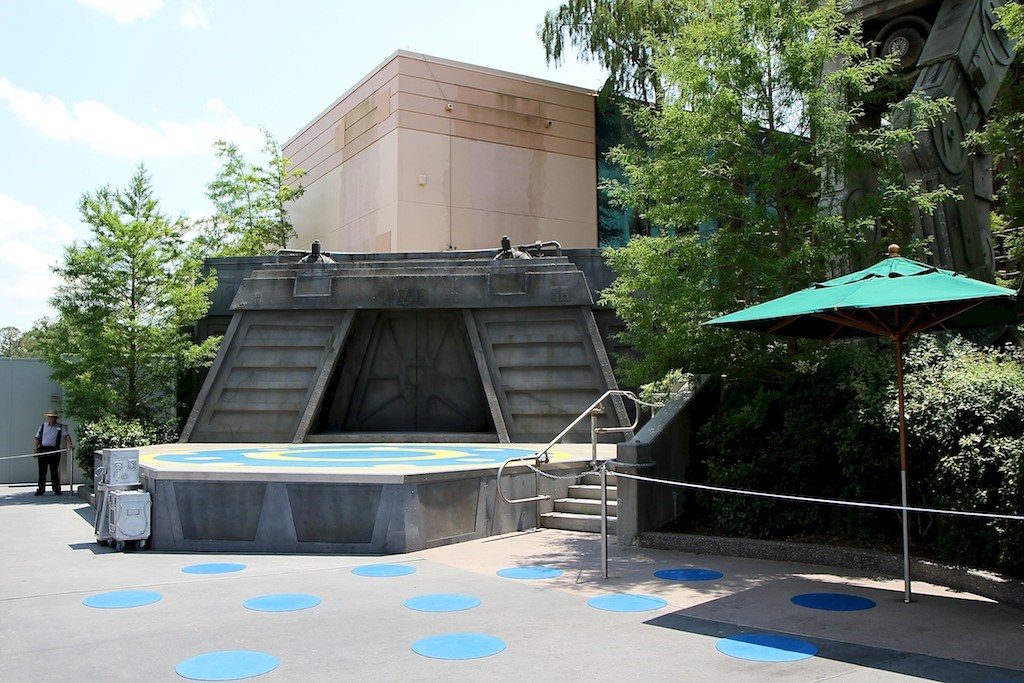 Original Star Tours signage removed