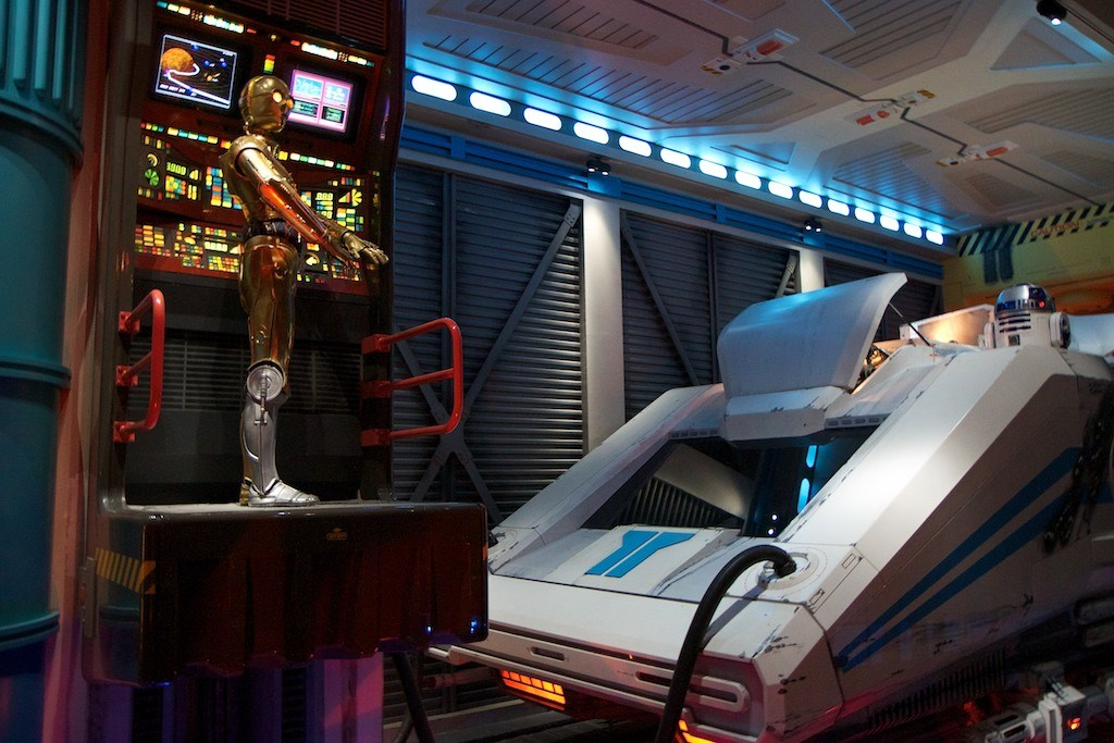 Star Tours walk through