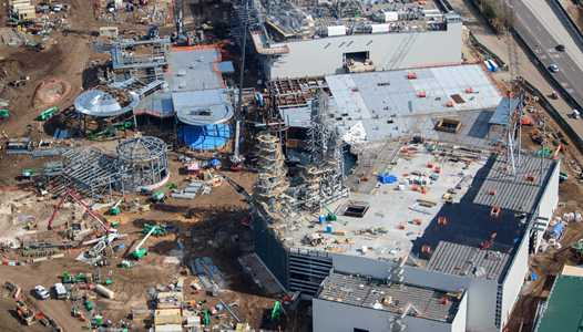PHOTOS - Star Wars Galaxy's Edge construction pictures