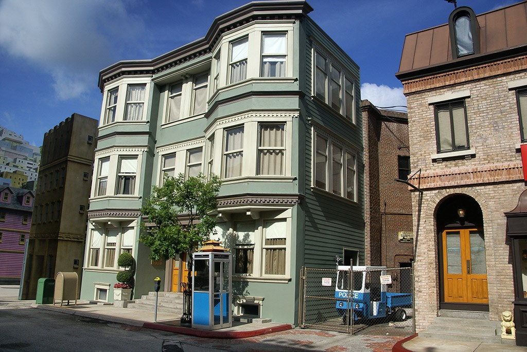 Streets of America San Fransico area