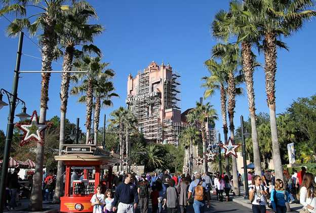 Tower of Terror scaffolding
