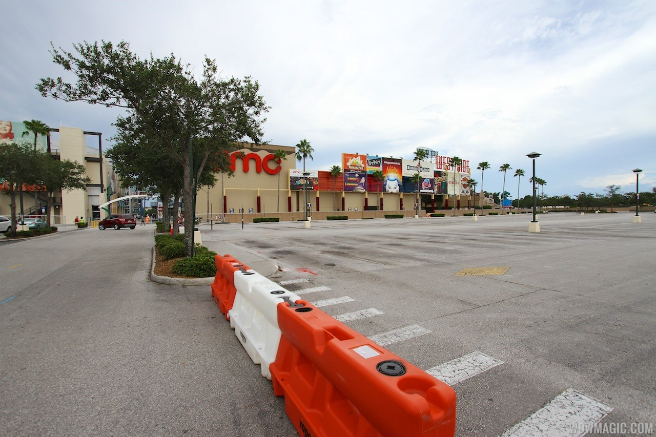 Parking lots I and J closed for parking garage construction