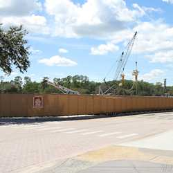 Disney Springs parking garage construction