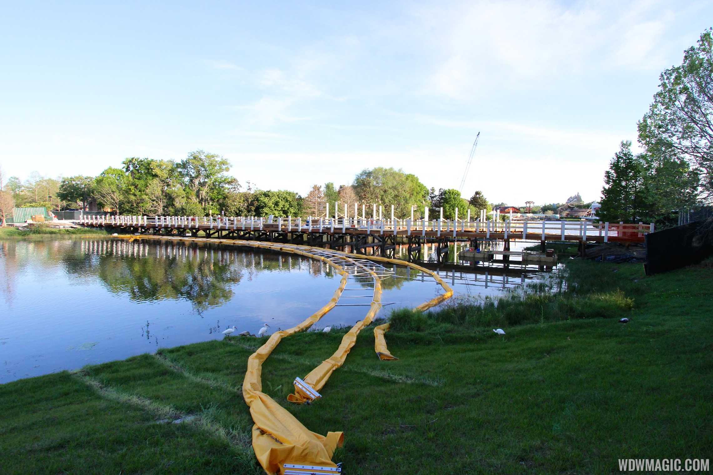 Marketplace to Saratoga Springs bridge