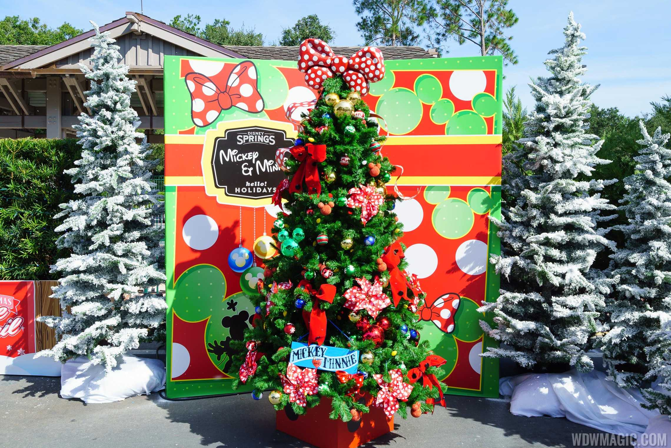 Mickey and Minnie Christmas Tree