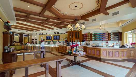 New cake decorating experience at Amorette's Patisserie in Disney Springs
