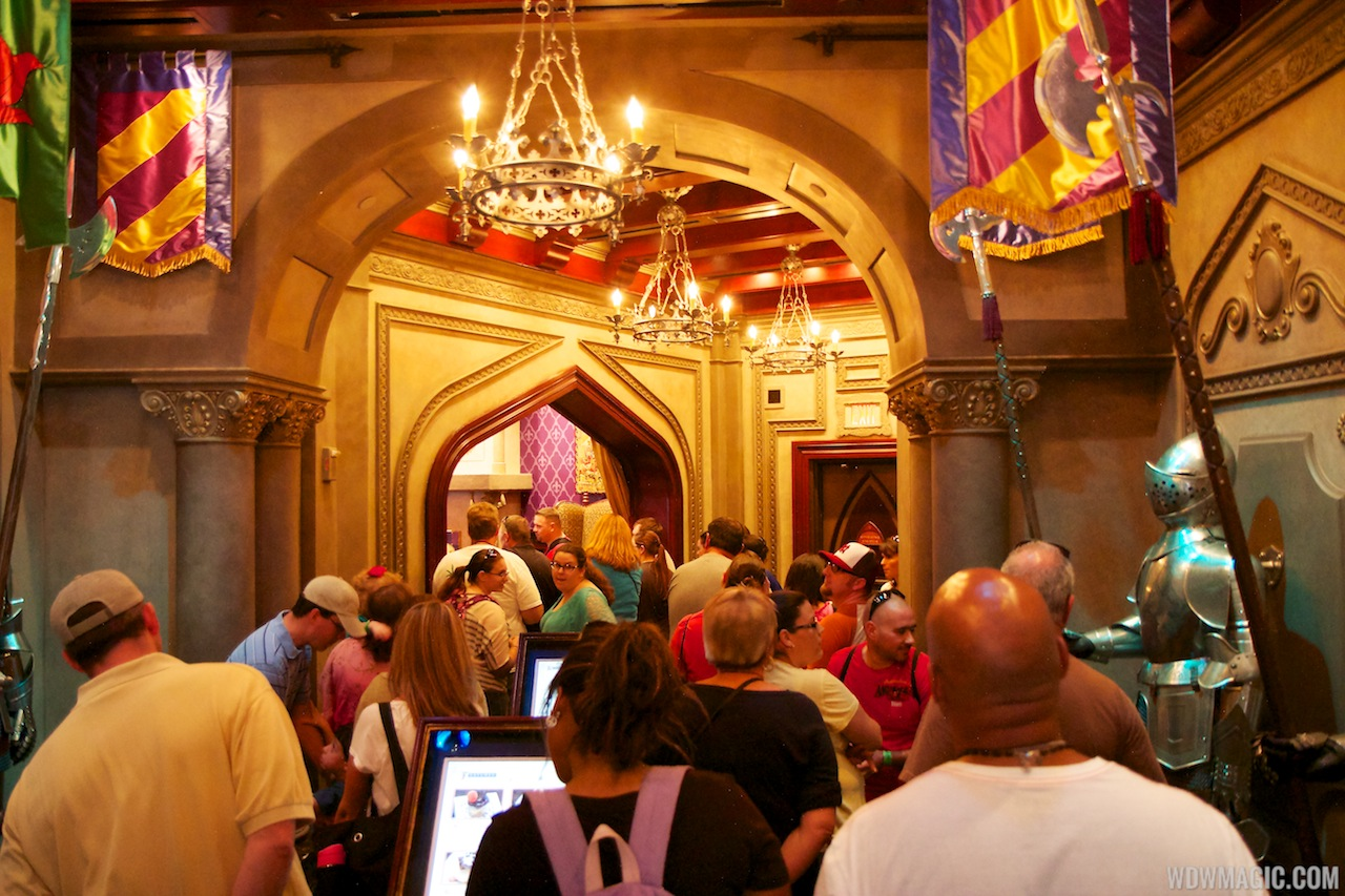 Be Our Guest Restaurant - Be our guest 20 stellar guest room design ideas