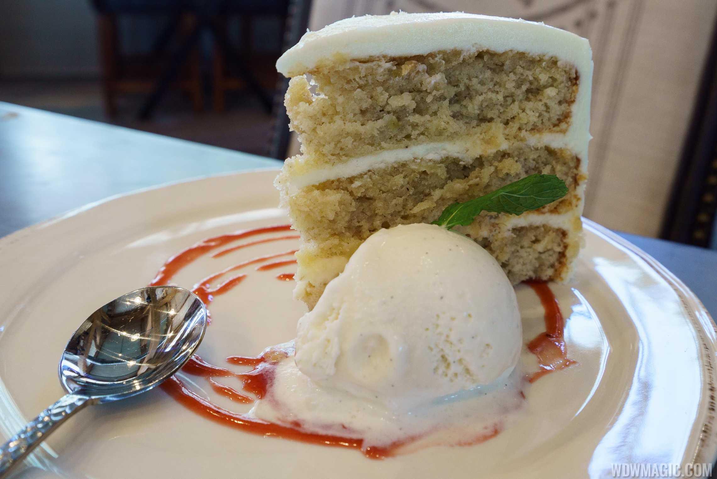 Homecoming restaurant - Hummingbird Cake