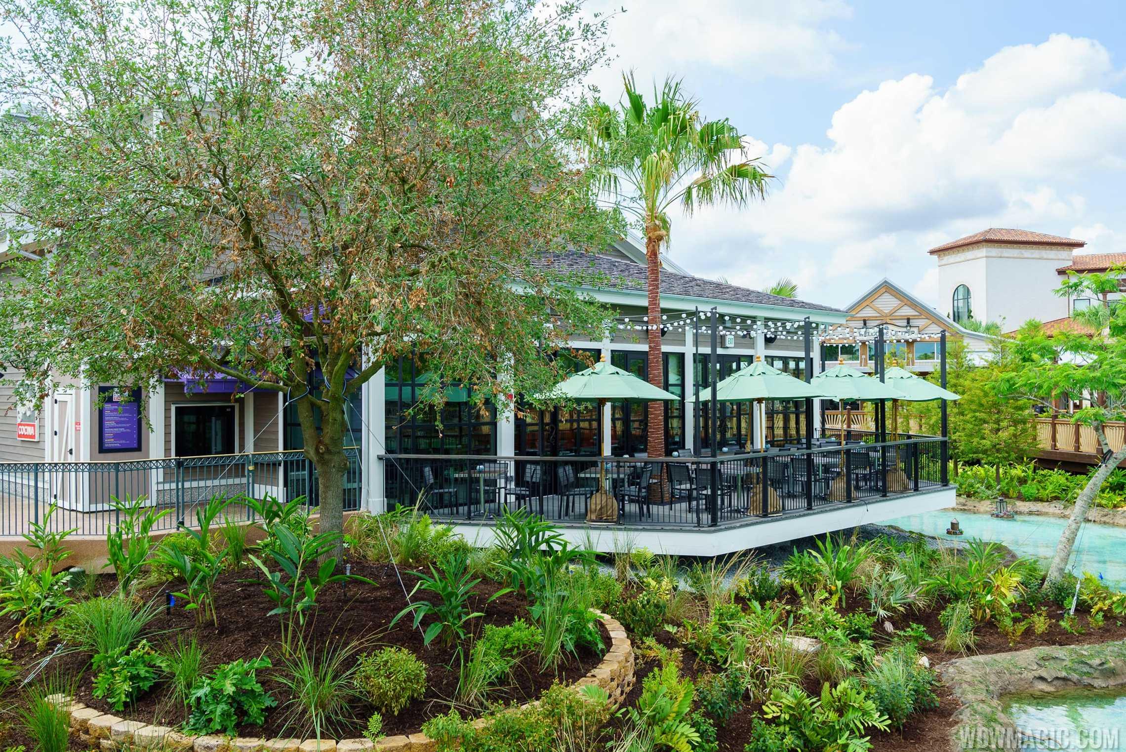 Frontera Cocina - Outdoor patio and quick service window