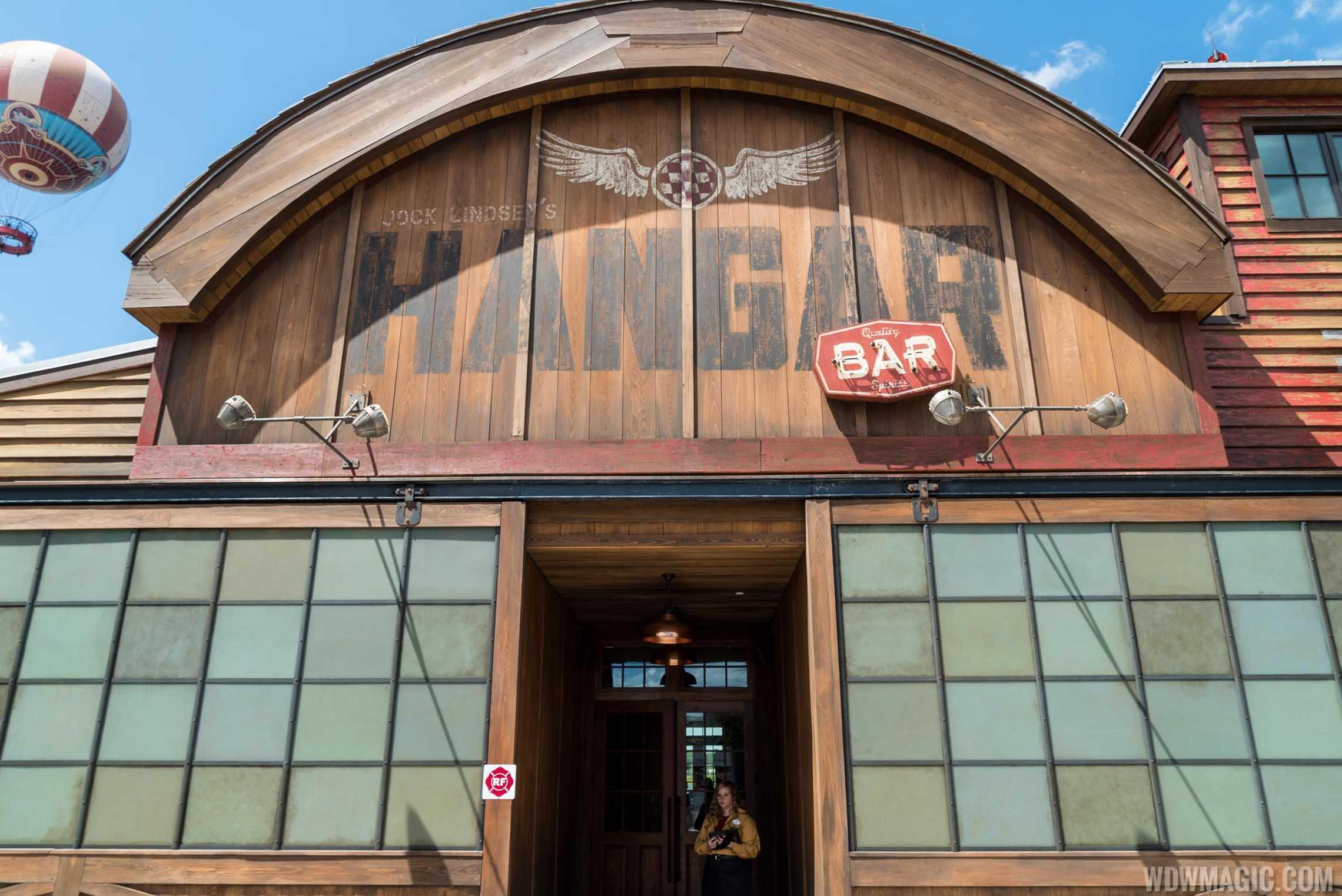 Jock Lindsey's Hangar Bar - Entrance