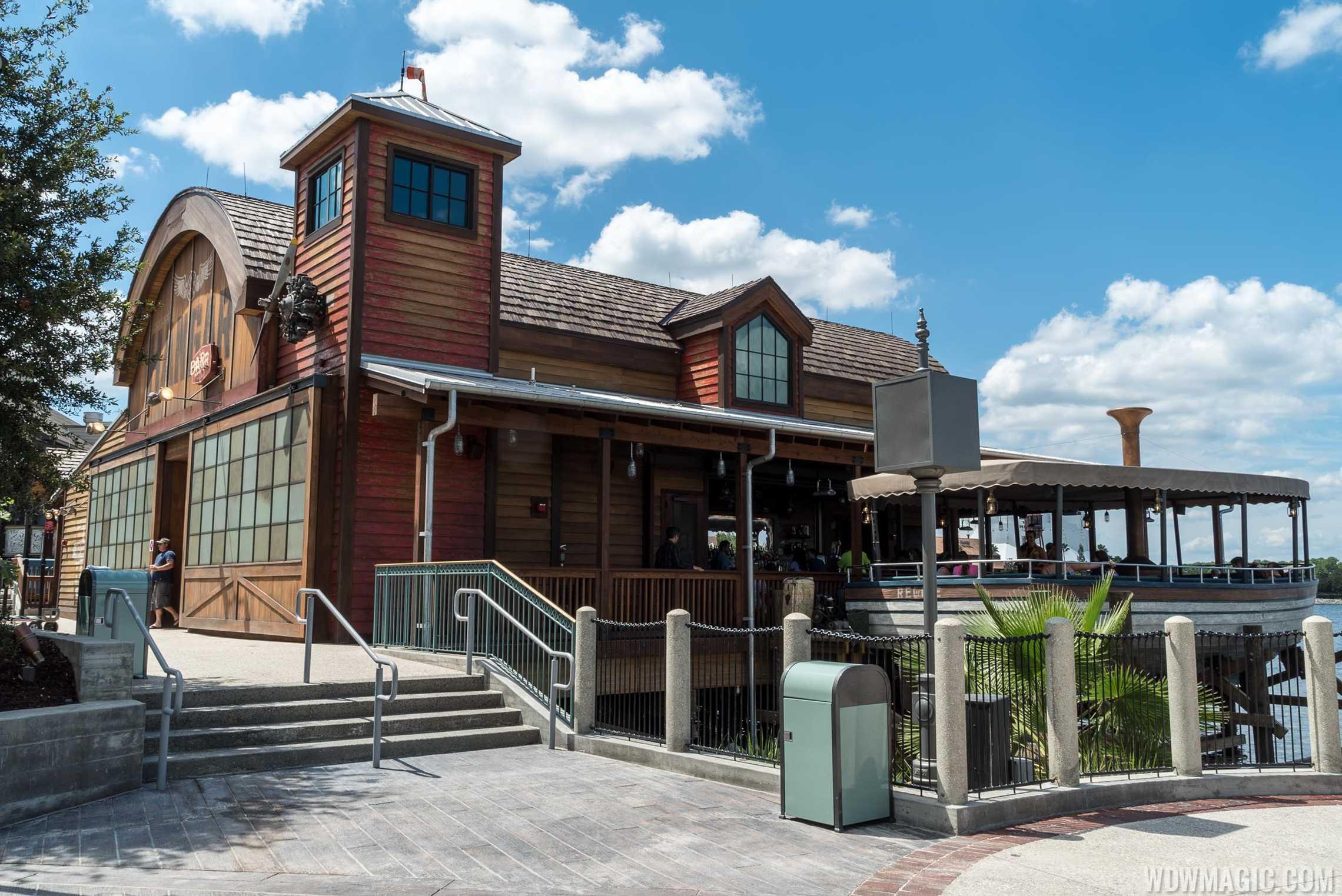 Jock Lindsey's Hangar Bar - Side view