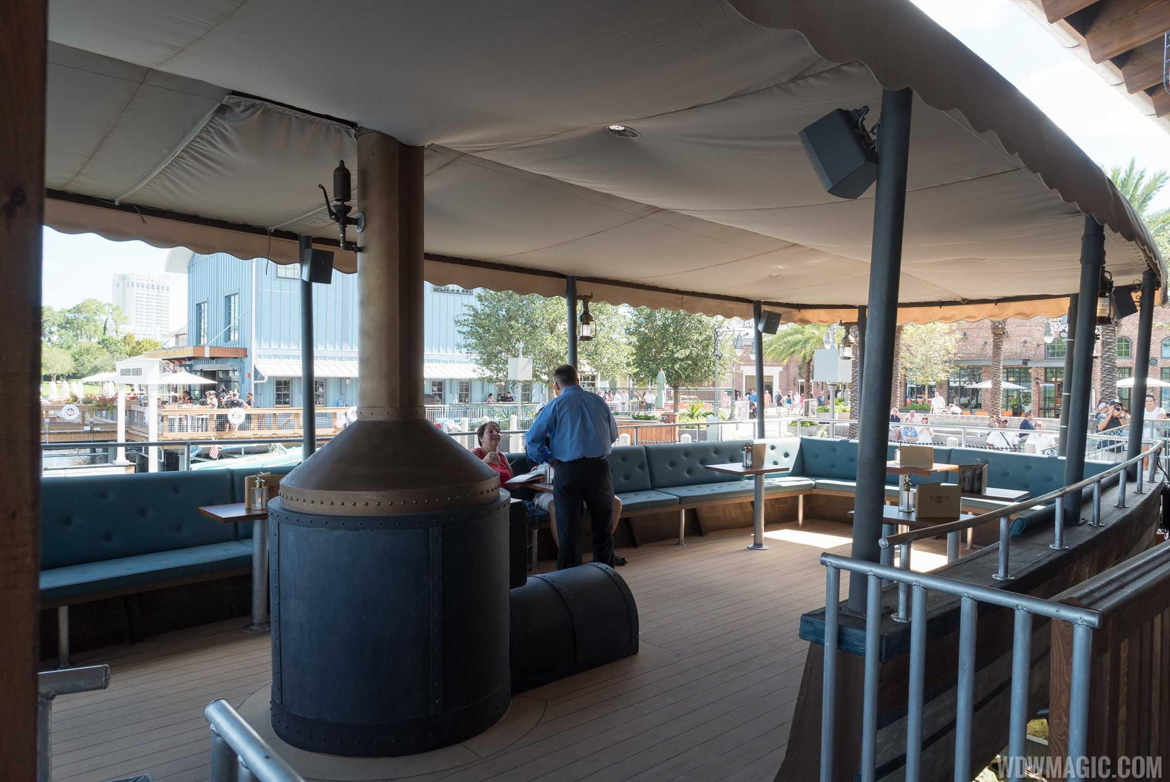 Jock Lindsey's Hangar Bar - Seating on the boat 'Reggie'