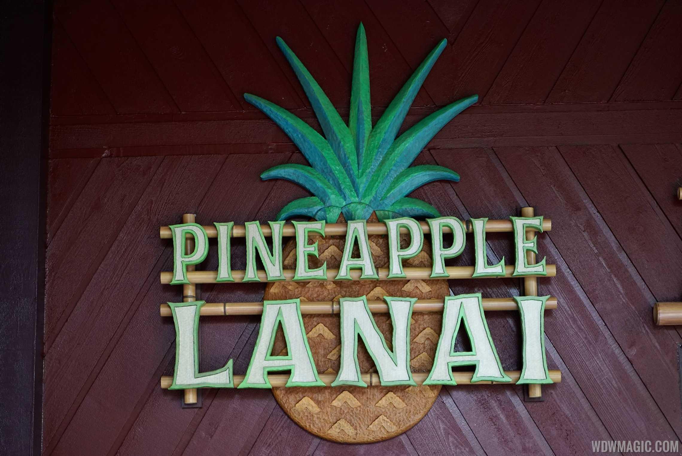 Pineapple Lanai signage