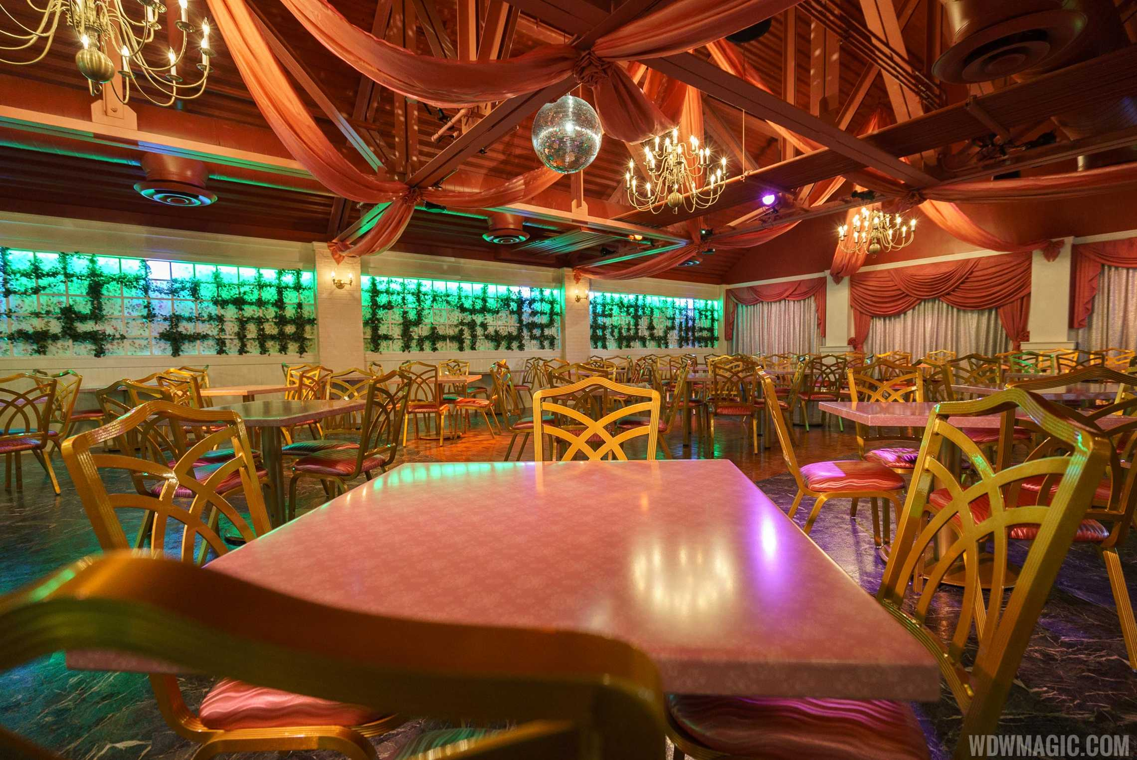 Inside PizzeRizzo - Rizzo's Banquet Hall