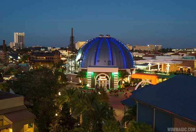 Planet Hollywood after dark