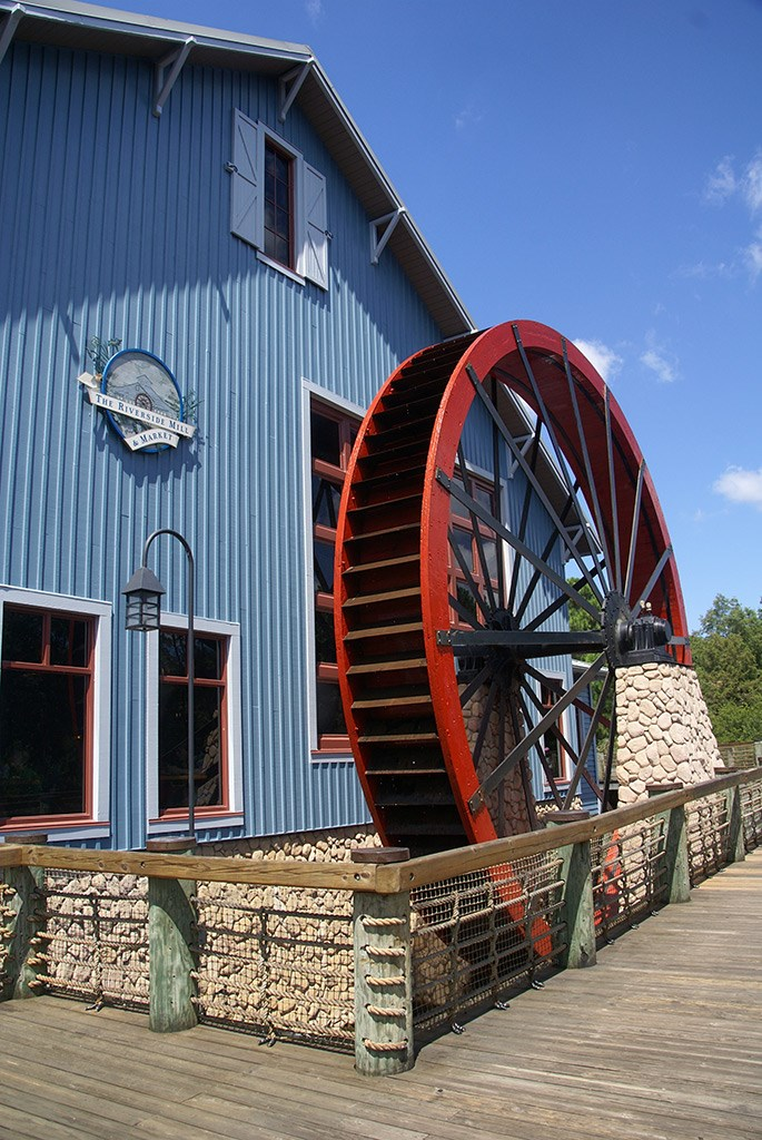 Riverside Mill and Market exterior