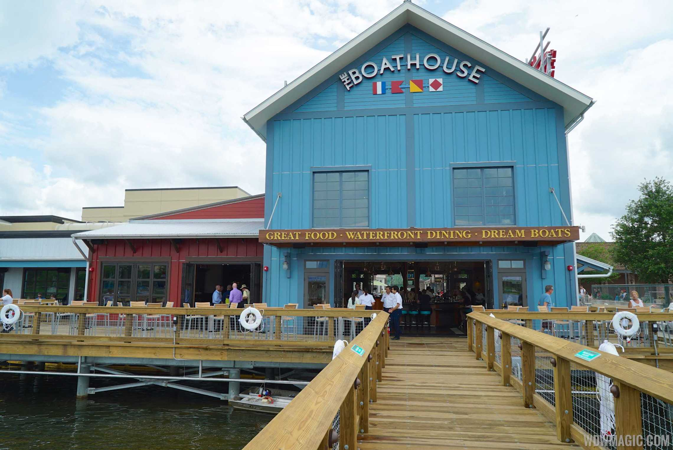 The BOATHOUSE - Waterside of The BOATHOUSE