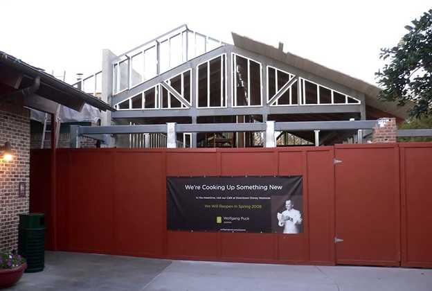 Wolfgang Puck Express refurbishment construction