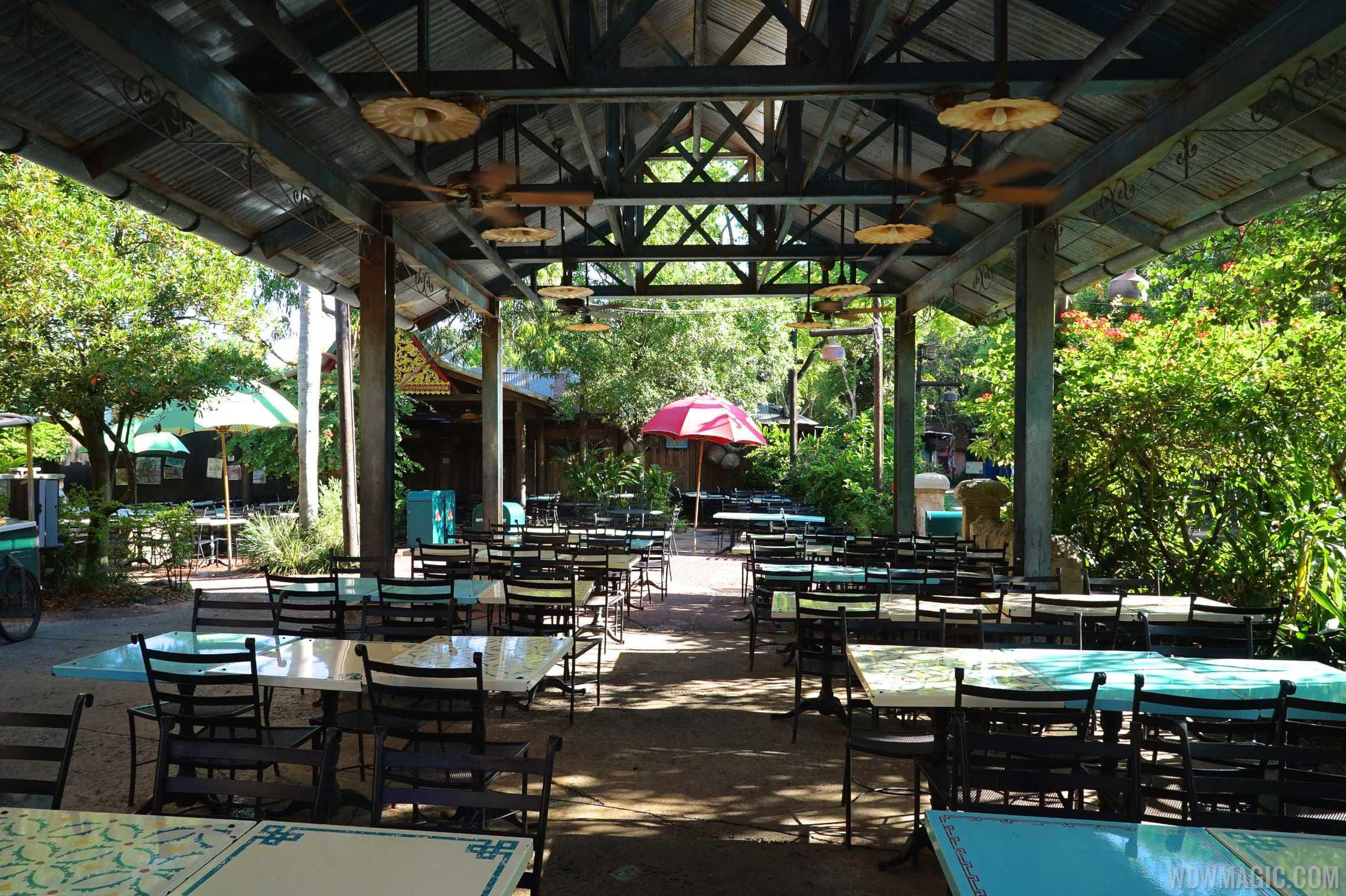 Yak and Yeti Local Foods seating