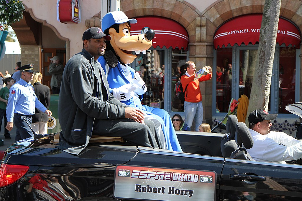 2010 ESPN The Weekend - Basketball Greats motorcade