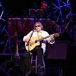 2012 Flower Power Concert - Jose Feliciano