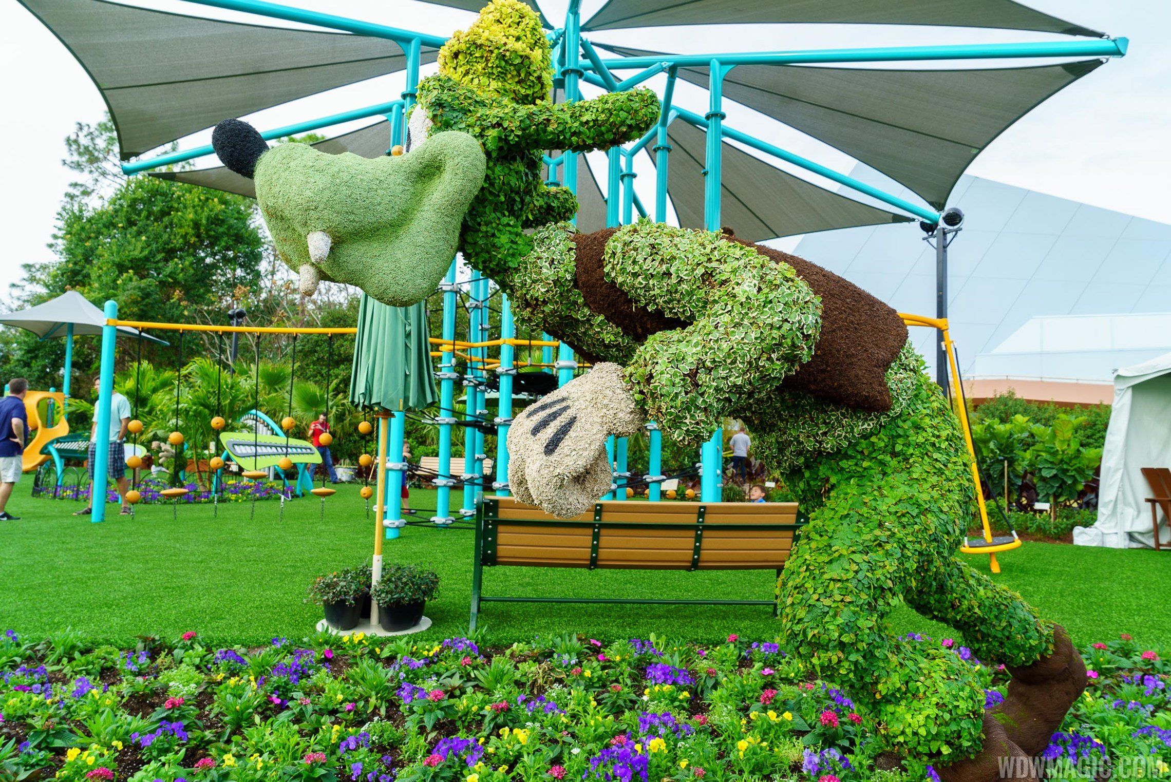 2016 Epcot International Flower and Garden Festival topiary tour 31 o