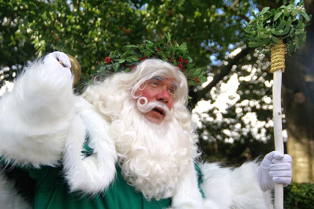Holiday Storytellers - United Kingdom - Father Christmas