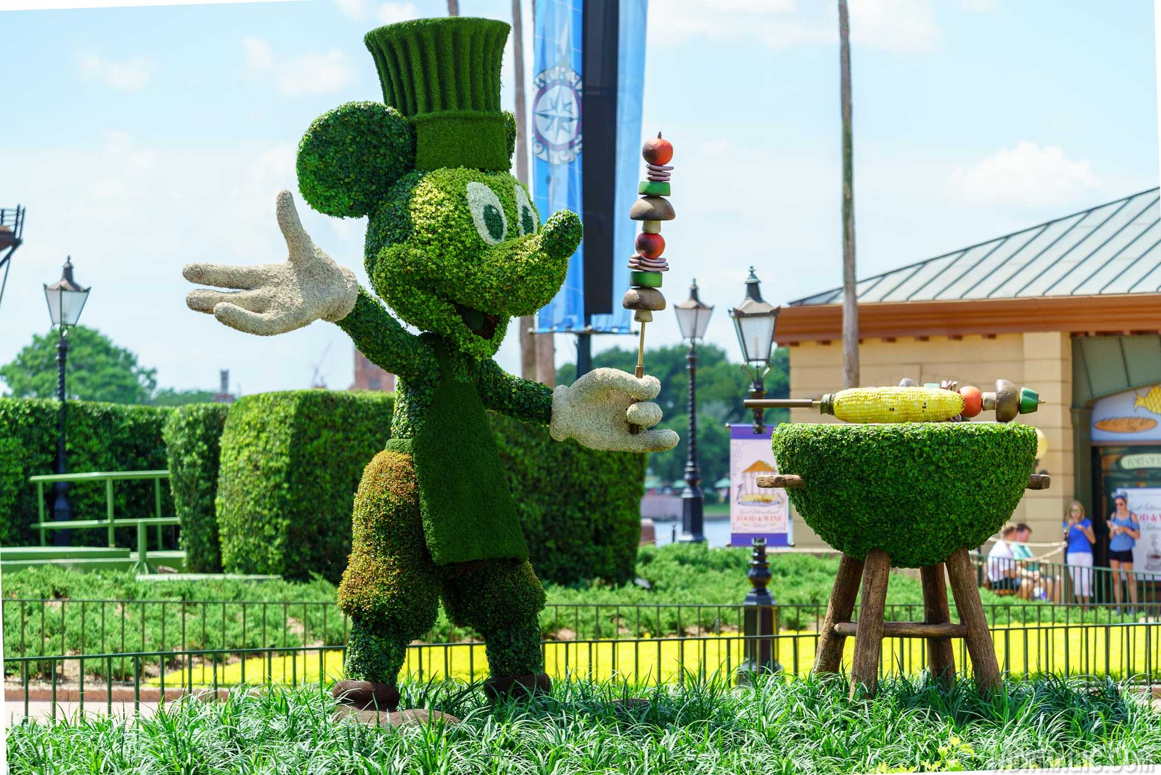 Mickey Mouse topiary at this year's Food and Wine Festival