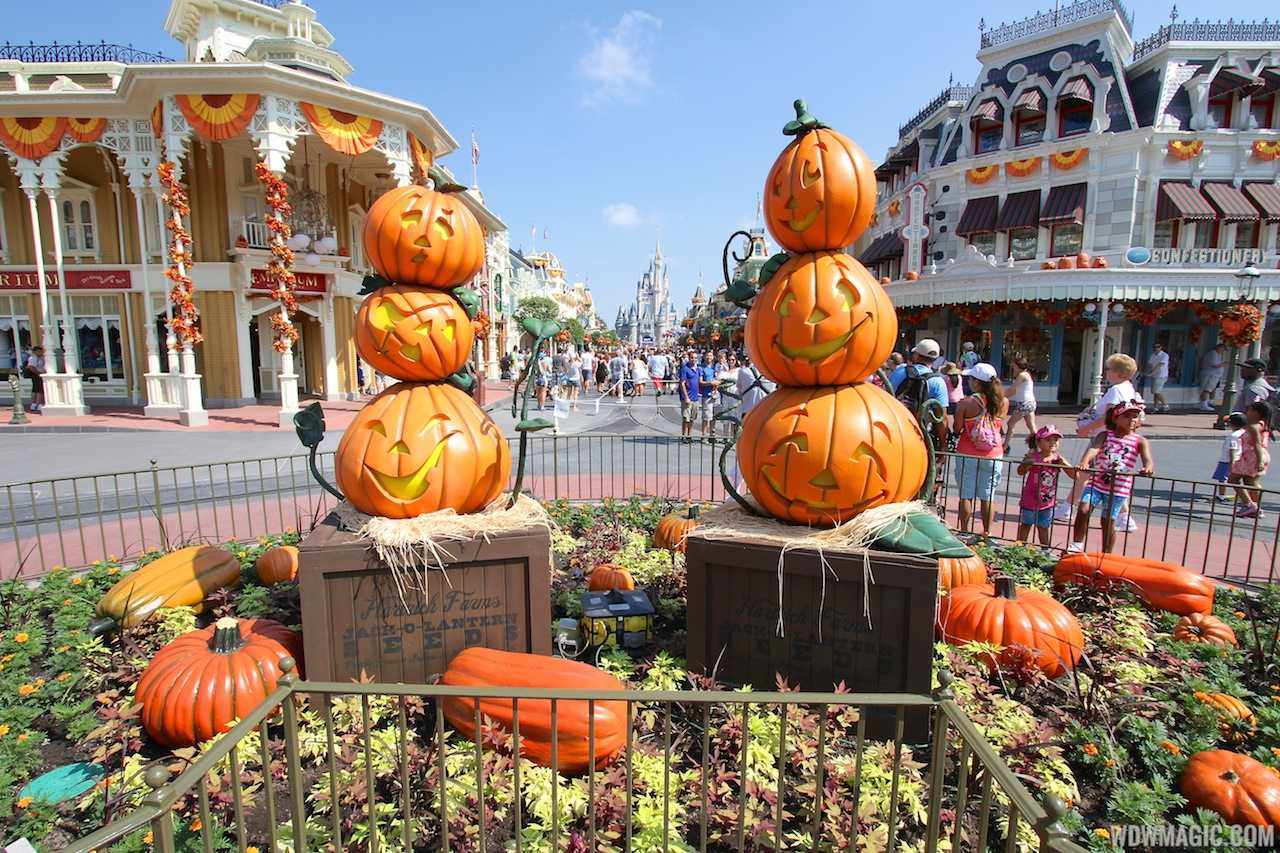 Magic Kingdom decorated for Halloween 2013