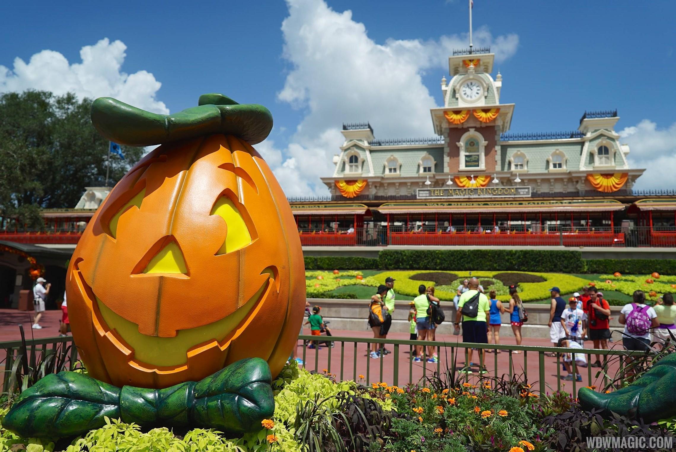 Magic Kingdom's fall Halloween decorations 2014
