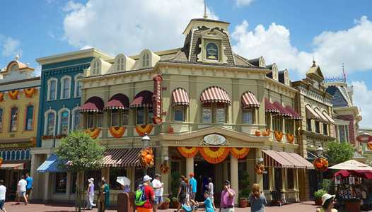Reservations now open for Happy HalloWishes Dessert Party