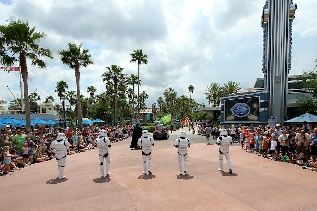 2010 Star Wars Weekends - Celebrity Motorcade - Week 2