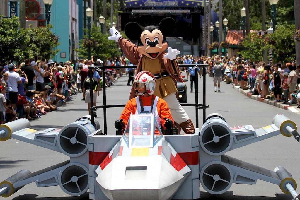 2012 Star Wars Weekends - Week 4 Celebrities